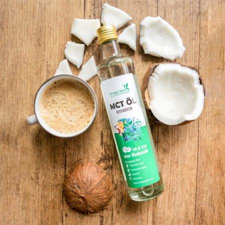 Simply Keto MCT Öl mit Bulletproof Coffee und Kokosnuss